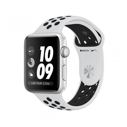 Apple Watch Nike+ GPS, Silver Aluminium Case with Pure Platinum/Black Nike Sport Band