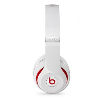 Sluchátka Beats Studio přes uši