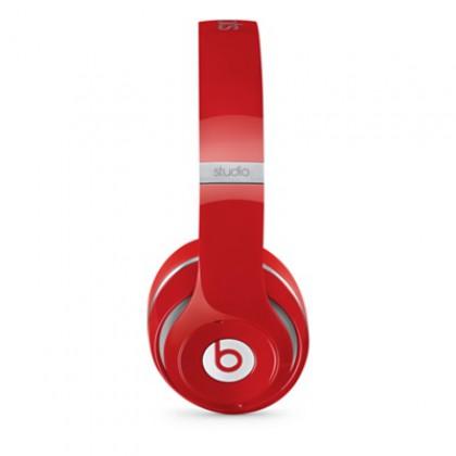 Sluchátka Beats Studio přes uši, červená